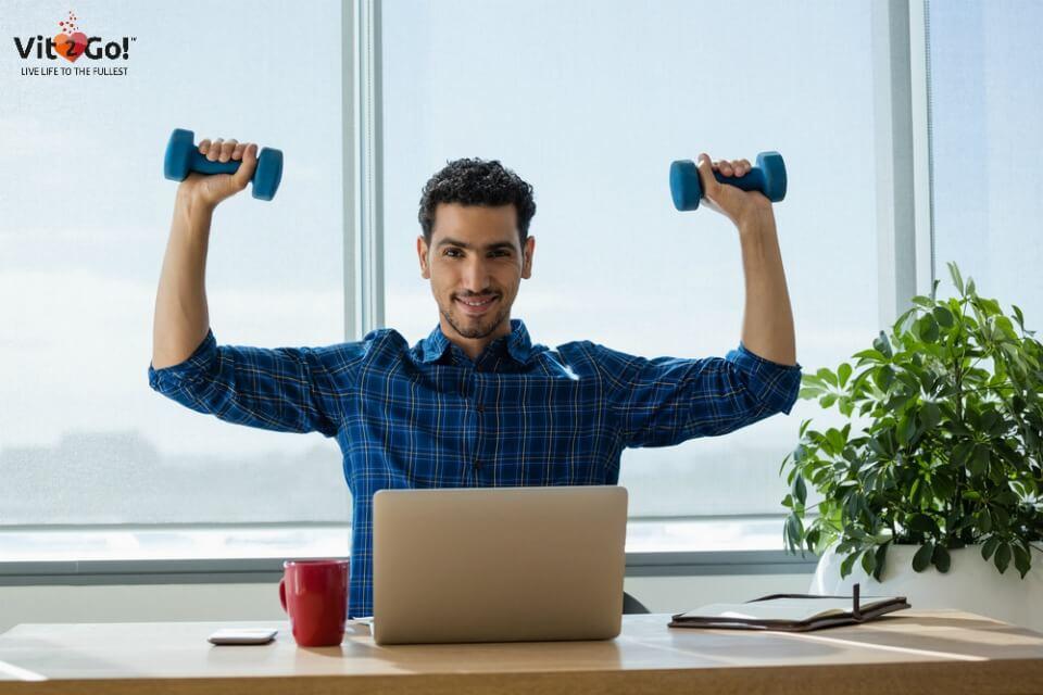 5-Minuten Fitness-Übungen für Zuhause, das Büro oder den Urlaub