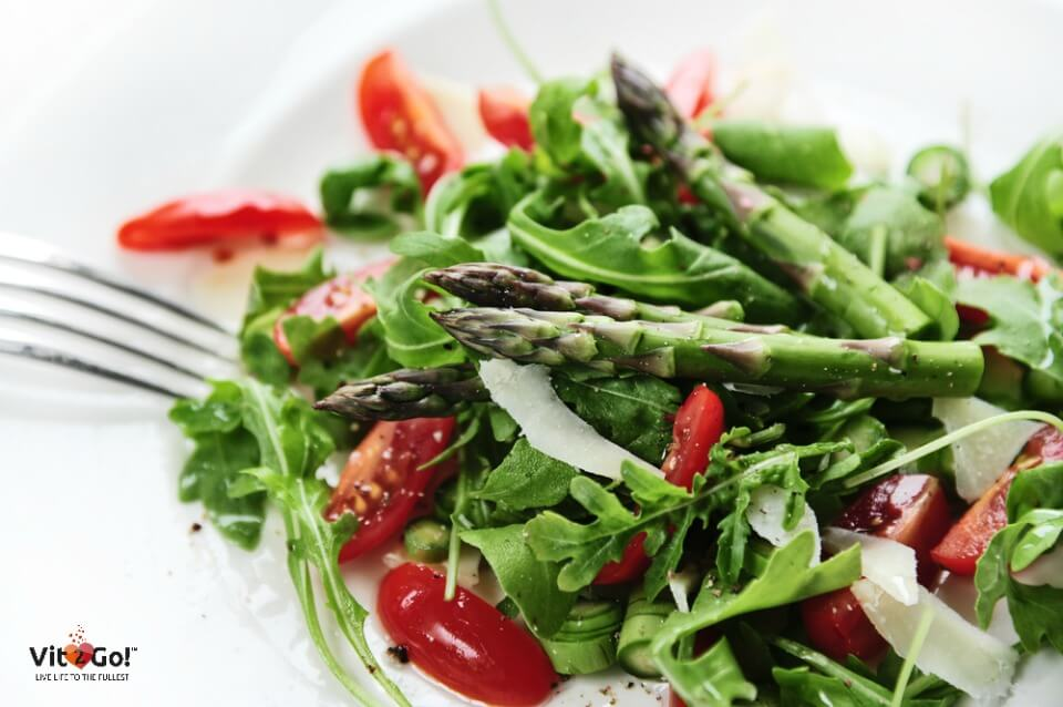 6 delicious & vitamin rich summer salad recipes